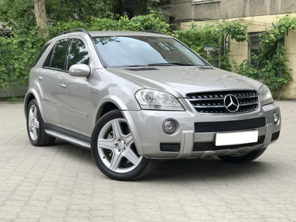 Mercedes ML 6.3 AMG front